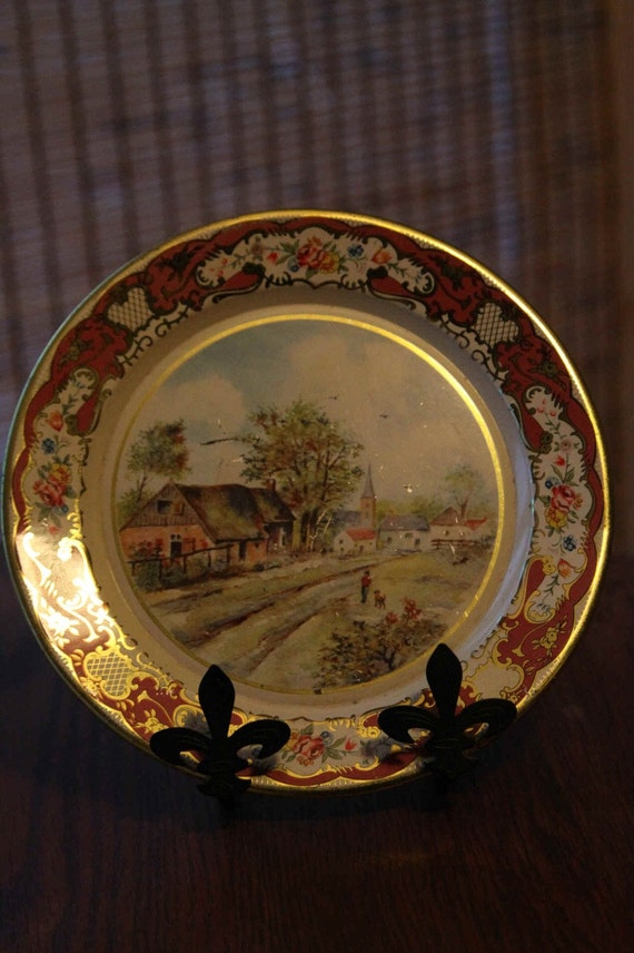 SALE DAHER Holland Gold Country Scene Tin Painted Plate Old Daher Decorated Ware Label on back Farm Boy Dog Scene Made in Holland