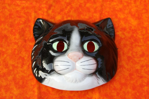 Halloween Kitty Cat Mask for your Halloween wall Ceramic Vintage