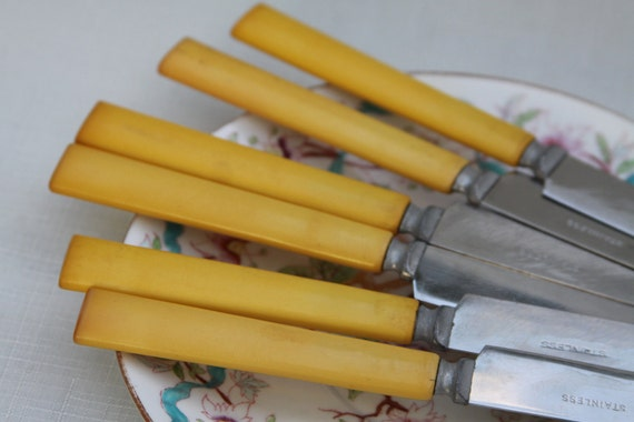 Bakelite and Stainless Steel Yellow Mustard Gold Knives for Spring Butter Knife