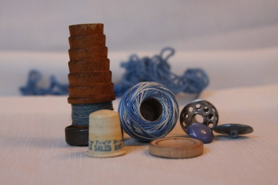 Wood Thread Spool Advertising Thimble destash Sewing Tatting Vintage