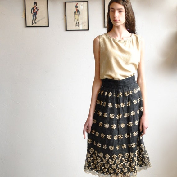 sale... 50s Skirt  //  Full Skirt  //  MIDNIGHT ORGANDY