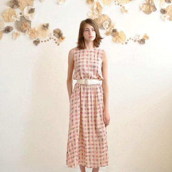 Midi Dress  //  Flowy Dress  //  CUT OUT BACK