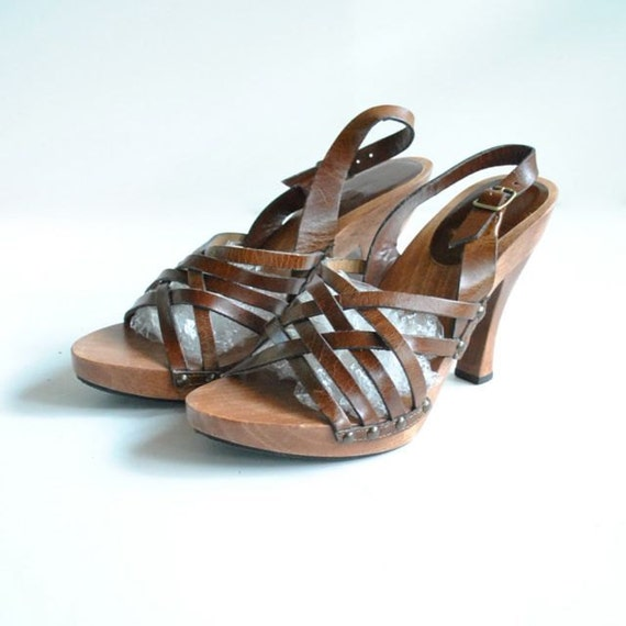 Leather Wood Sandals Sz 7  //  High Heel Sandals  //  STRAPPY BOHEMIAN