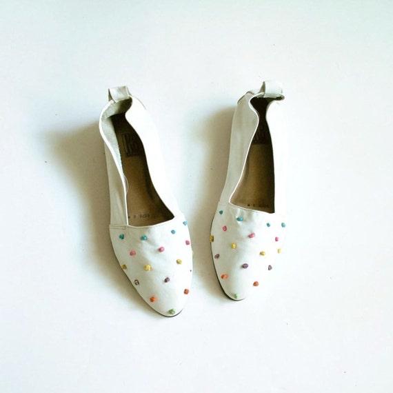Polka Dot Shoes Sz 8  //  White Flats  //  KNOT AGAIN