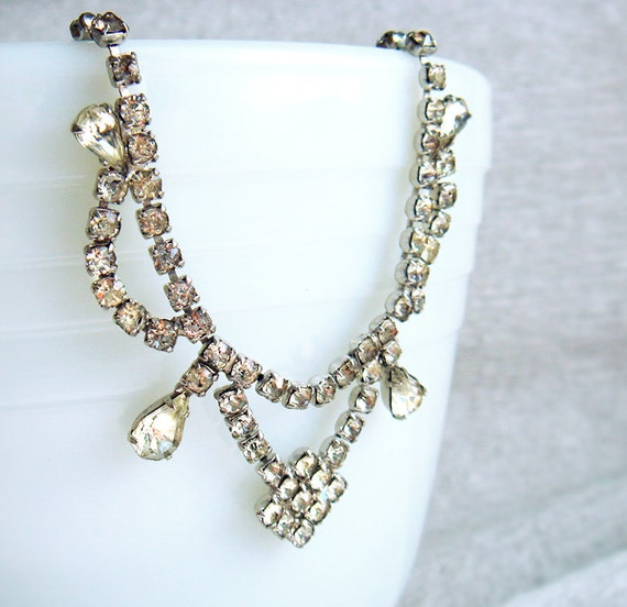 Vintage Silver Tone Rhinestone Necklace