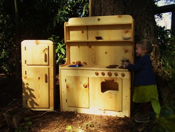 Wooden Play Kitchen by Heartwood natural toys