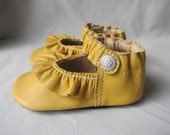 Baby Shoes Ruffled Mary Jane Shoe Yellow Leather Size 4 Only Ready-To-Ship