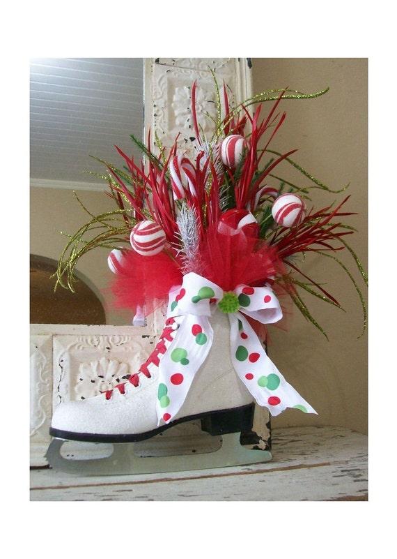 Christmas Ice Skate - Christmas wreath - Winter skate - Whimsical - door decor -
