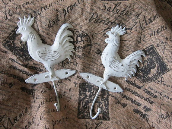 Roosters - wall hooks - French country - Cottage chic home decor