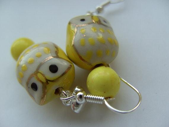 Lovely, ceramic, Owl, yellow and white,love heart,  earrings, soft yellow, white, silver, lemon, citrus, zesty, by kadootje77 on etsy