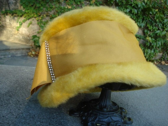 Vintage Mustard Yellow Faux Fur Hat