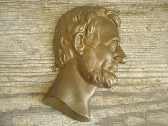 Abraham Lincoln Cast Iron Bust Head Wall Hanging