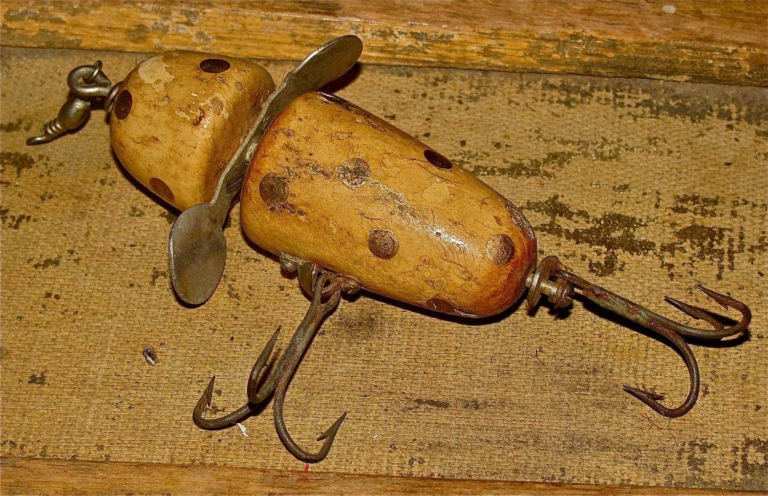 vintage wooden pflueger globe fishing lure by downthepipelines