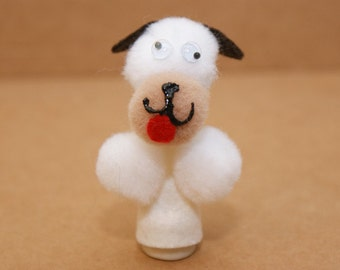 Poky Puppy Finger Puppet