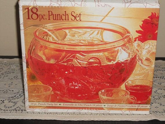 Fruit Bounty 18 Piece Punch/Party Set-NIB