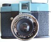 Vintage Diana Clone Windsor-F Camera