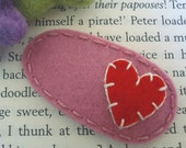 Felt hair clip -No slip -Wool felt -Vintage heart (red) -old pink