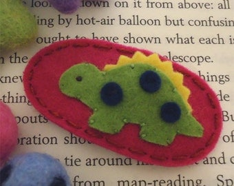 Felt hair clip -No slip -Wool felt -Sage green dinosaur -raspberry