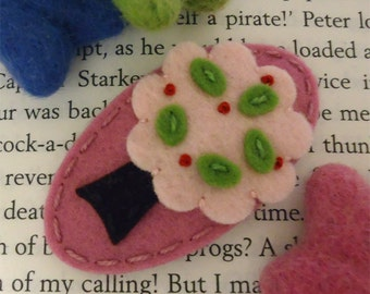 Felt hair clip -No slip -Wool felt -May Crimson tree -old pink