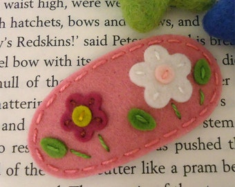 Felt hair clip -No slip -Wool felt -Flowers on the hill -pink