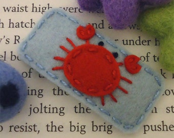 Felt hair clip -No slip -Wool felt -Crab -pale blue