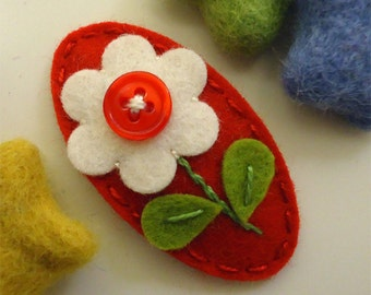 Felt hair clip -No slip -Wool felt- Jelly buttoned flower - red