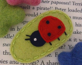 NO SLIP Wool felt hair clip -Ladybird --pear