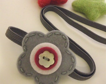 Wool felt elastic headband -Button flower -grey / fuchsia (pick your size)