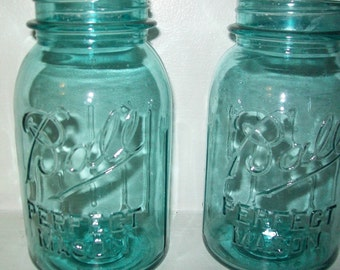 10 Vintage Aqua Blue Ball Mason Quart  Canning Fruit JARS Perfect for  Wedding Lanterns