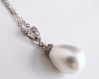 High quality shell pearl teardrop necklace with silver chain - Free US shipping