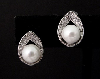 wedding bridal earrings bridesmaid gfit prom simple white cream pearl with white gold plated cubic zirconia deco teardrop post stud earrings