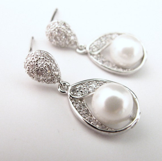wedding jewelry bridesmaid gift bridal jewelry wedding earrings bridal party earrings white shell pearl silver cubic zirconia teardrop post