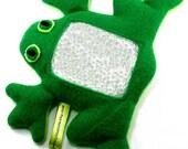Frog I Spy bag
