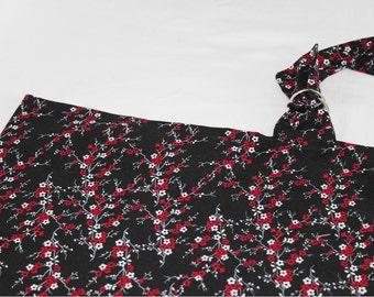 Black and Red Flowered Nursing Cover