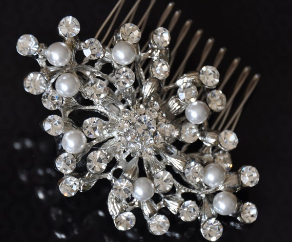 Bridal Comb , Bridal Pearly Comb,Wedding comb,  rhinestone bridal Hair comb Harmonia - Rhinestone and  Ivory Swarovski Pearls Haircomb