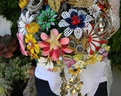 Home of the Brooch Bouquet