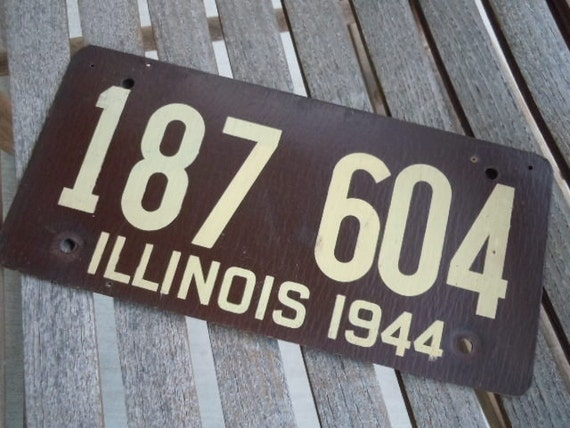 Vintage License Plate Illinois 1944 Wartime Pressed Fiberboard Auto Collectible