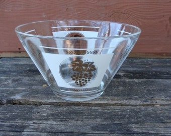 Vintage Glass Gold Grape and Wheat Leaf Design Bowl