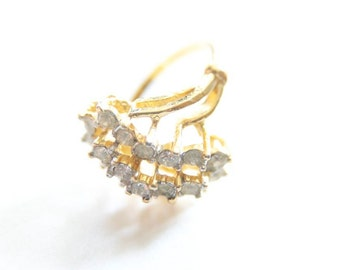 Ring Sale VINTAGE RHINESTONE COCKTAIL Ring in Gold Size 6.5 Costume