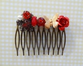 Pretty Red Hair Comb