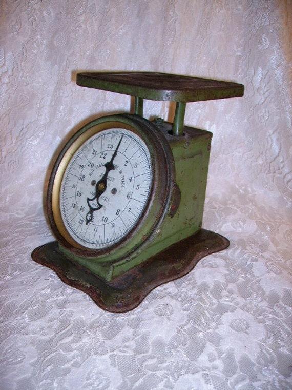 Antique Vintage Farmhouse Green Kitchen Scales Pelouze Chicago