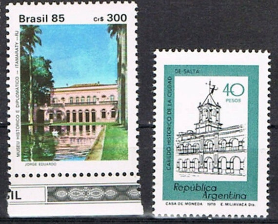 33  Postage Stamps - Architecture - North and South America