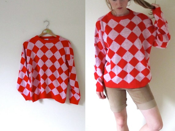 vintage 1980s Red and Pink Diamond Print Sweater -- M/L