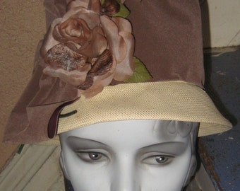 Fabulous Vintage 1960s Summer Bucket Hat Big Millinery Flower