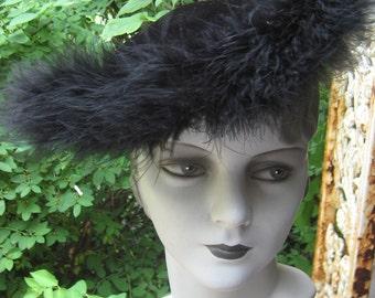 Fab 40s  50s Black  Velvet  Tilt Hat  With Feathers Sweet N Hot
