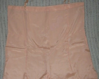 Vintage Hollywood Chic 1920s 1930s Peach N Beige Lace Teddy Size Large XL
