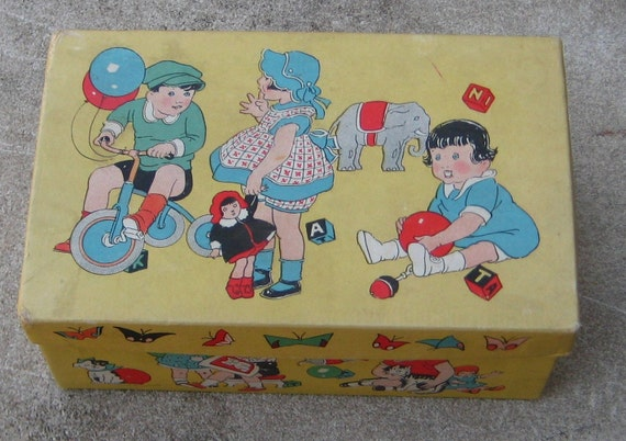 Vintage 1930s 1940s Colorfull Graphic Baby Shoe Box Great