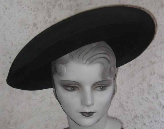 Fab Vintage 1930s 1940s Tilt Black Hat With a wide Brim By Carson Pirie Scott N Comp