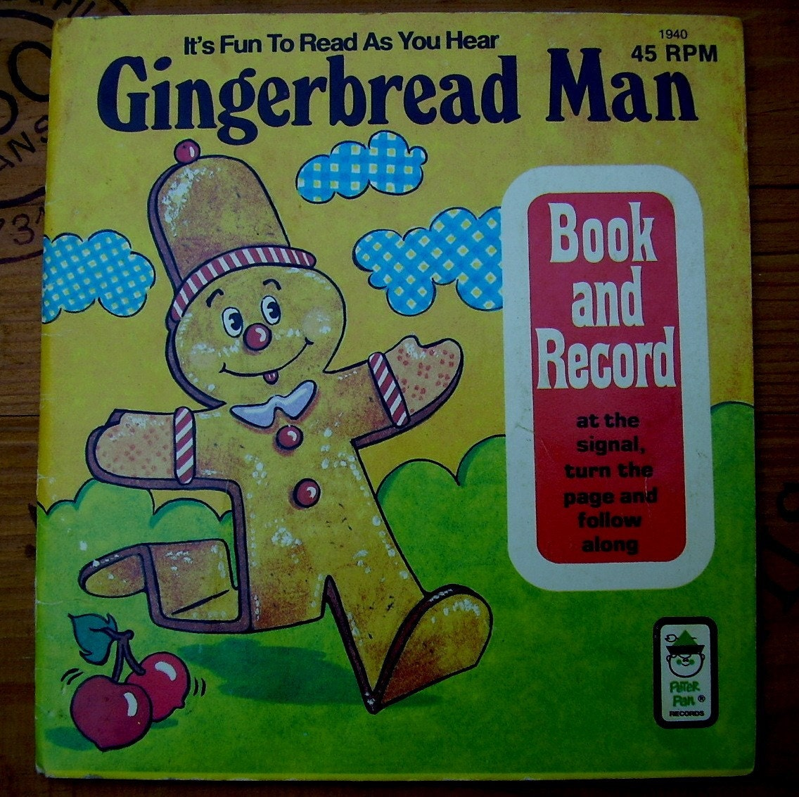 GINGERBREAD MAN Kids Book and Record