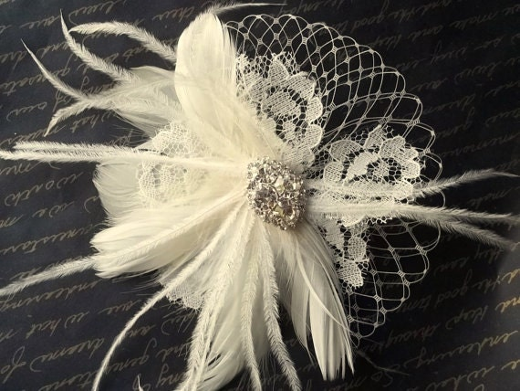 Wedding Hair Clip, Bridal Fascinator, Ivory Bridal Fascinator, Vintage Style Lace, Feathers, French Netting, Rhinestone Jewel